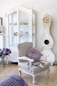 shabby-chic-villa-in-poland-romantic-interiors-white-home-interiors-3