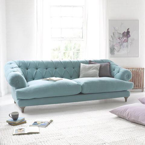 бархатный голубой диван