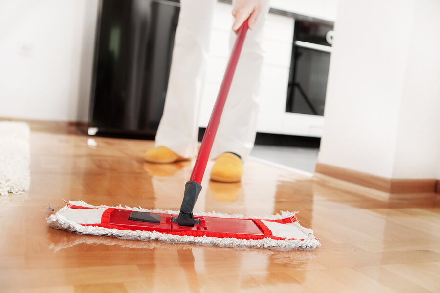 bigstock-House-cleaning-Mopping-hardwo-15356912