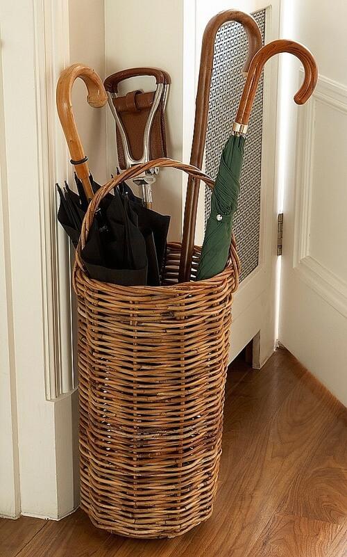 плетеные корзины для хранения вещей