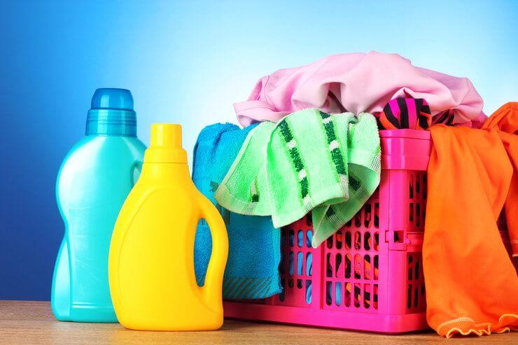 5 способов сэкономить на стирке вещей